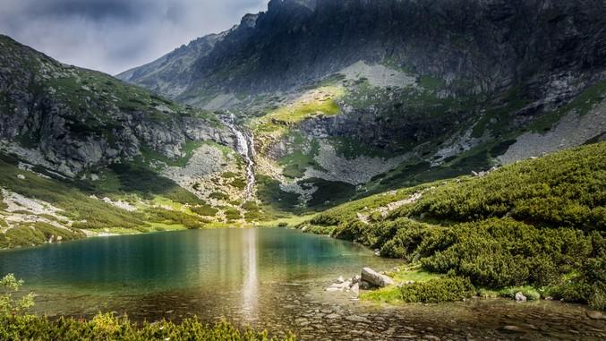 Pleso je termín označující jezero nacházející se v Tatrách 5c95156336