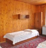 Cottage Zuberec 773 - cottage č. 1: 2 x double-bed (2 x  bed), 3 x triple-bed (3 x  bed), common room (TV, seating), kitchen corner (cooker with two burners, microwave oven), bathroom (shower, WC in the bathroom, wash-basin)