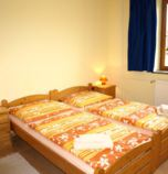 Guest-house / B&B*** Fantázia Poprad 2712 - double-bed Classic:   (1 x  connected single beds), TV, radio, fridge, electric kettle, Own bathroom in room (shower cabin, washbasin, WC in the bathroom)