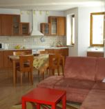 Guest-house / B&B*** Fantázia Poprad 2712 - apartment Lux  (110 m²): 1 x double-bed (2 x  single bed), 1 x double-bed + 1 x additional bed (1 x  double bed, 1 x additional bed ), common room (TV, balkón, balcony) combined with the dining room, kitchen (electric kettle, ceramic hob), bathroom (shower cabin, bath, WC in the bathroom, bidet, 2 x wash-basin), separate entrance